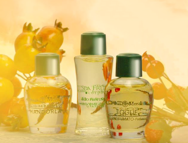 Parfumovaný olej Frais Monde Almond, Spa Fruit Green Apple And Amber a Leaves